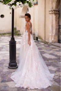 Ivana Robe de mariée pontarlier doubs 25 collection L 14