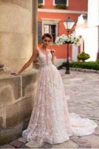Ivana Robe de mariée pontarlier doubs 25 collection L 9