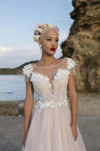 Ivana robes de mariees pontarlier collection fragrant dream 13